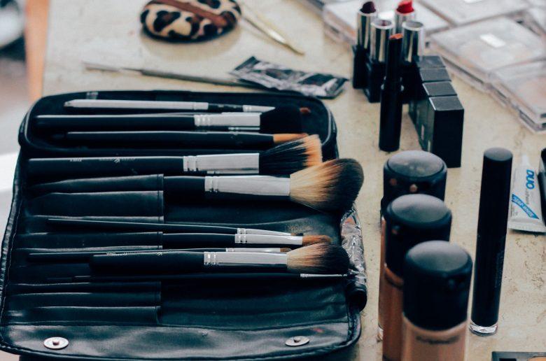 make up 1209798 1920