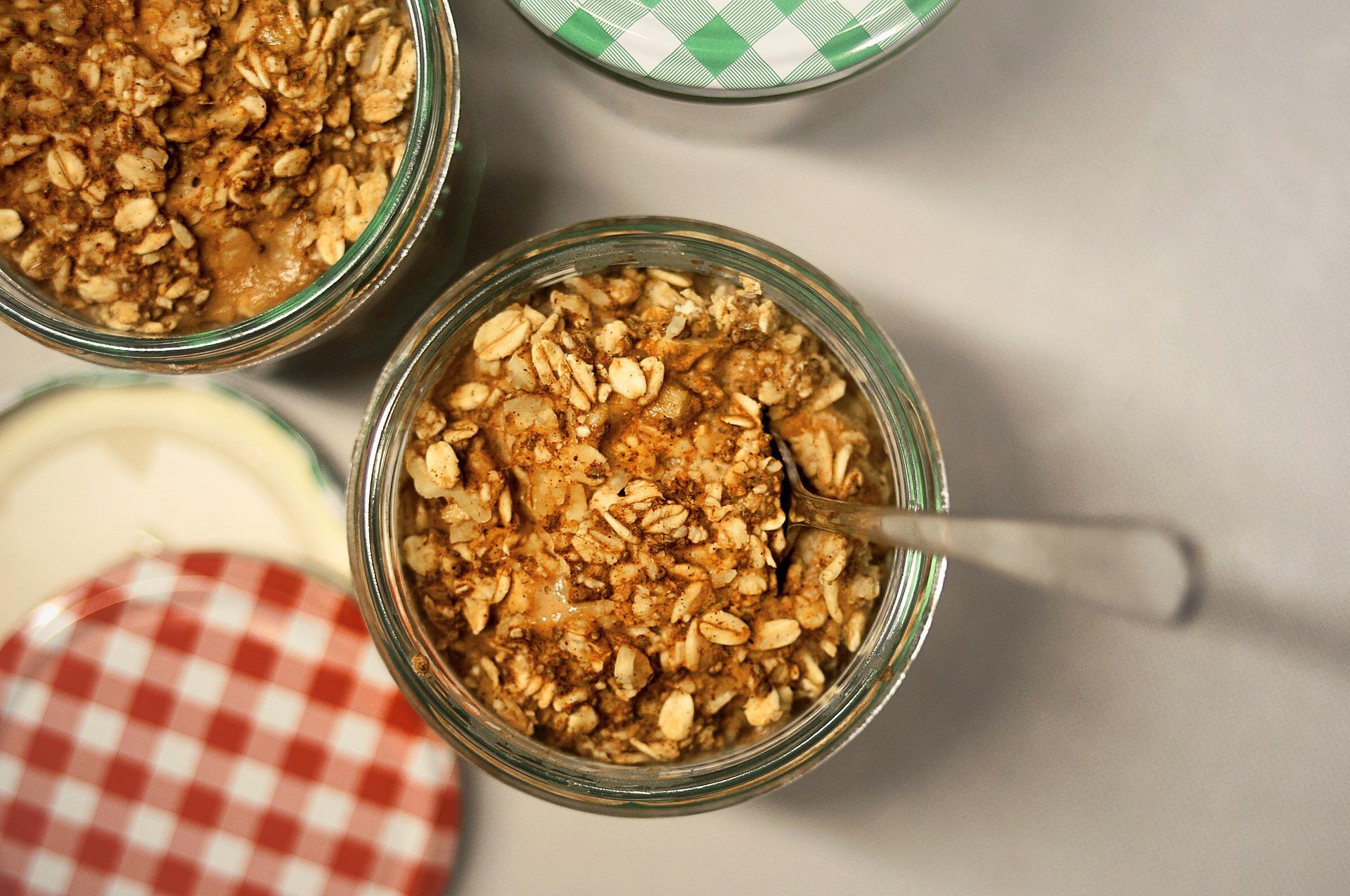 Paleo, Apple Cinnamon Overnight Oatmeal