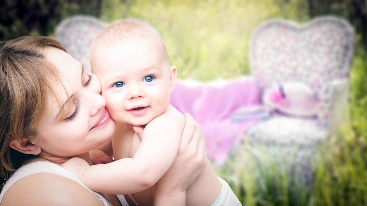 mothers-3389671_1920
