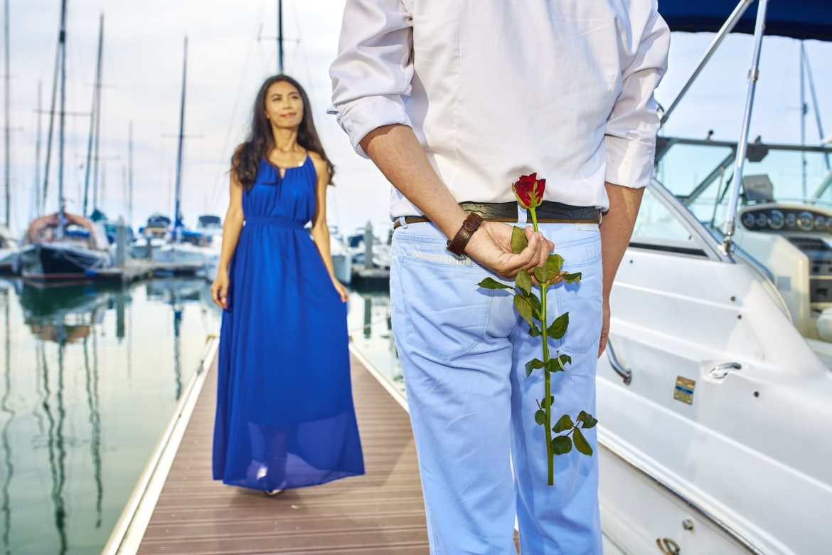 married-couple-1232510_1920
